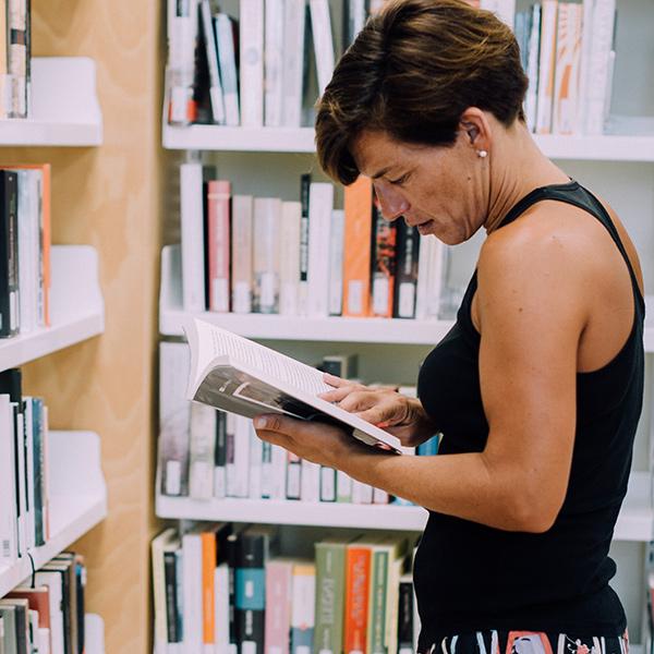 siliva-serra-contacontes-conferenciant-llibres-tallers-box02